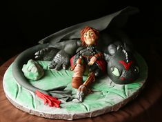 Hiccup and Toothless topper Hiccup And Toothless, Novelty Cakes, Cake Table, Box Cake, Snow Globes, Cake Toppers, To My Daughter, How To Train Your Dragon, Boxed Cake