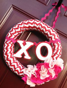 Adorable Valentines Chevron Ribbon Wreath!