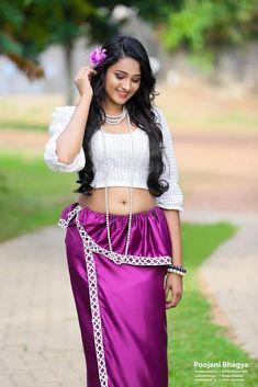 Desi Girl Image, Beautiful Girl Photo, Beautiful Girl Indian, Beautiful Girl Image, Beauty Full Girl, Beauty Women, Hot Goth Girls, Hot Girls, Beautiful Girl Drawing