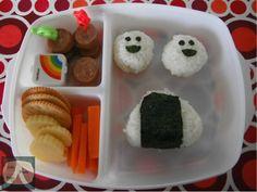 School Lunch Box, Bento, Sushi, Nom Nom, Sandwiches, Pudding, Triangles, Lunch Ideas, Easy