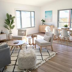 Coastal Scandi Living and dining by Sapphire Living Interiors #Coastallivingrooms