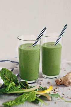 Green Banana Cream Smoothie | Hello Natural