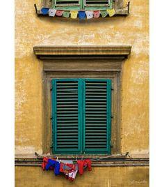I love spotting things like this... Found this in #Italy, the #washing in one window, #Tibetan prayer flags in the other. #Zcreators #createyourlight #appicoftheweek #JustGoShoot #PicOfTheDay #WexPhoto #PhotoOfTheDay @uknikon #ThePhotoHour #FotoRshot #InstaGood #InstaPhoto #Photography #photographer #travel #travelphotography #travelphotographer #TravelTheWorld #ShareTravelPics #WorldExplorer #TravelBug #Travelholic #architecture Photography Workshops, Creative Photography, Prayer Flags, Uk Europe, Creative Costumes, Travel Bugs, Travel Photographer, Holiday Travel, Travel Pictures