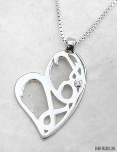 This HEart 26.2 Necklace is a beautiful gift for any marathoner in your life!