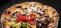 La nostra #pizza Naif con #mozzarella, #radicchio, #zucchine, #melanzane, #champignon e #pomodoro fresco.