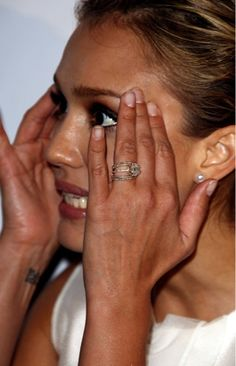 Blogger Image  1358962316 (309×480). Celebrity Wedding RingsCelebrity  WeddingsBeautiful Wedding RingsStressBridezillaRose GoldJessica AlbaPretty  ... Amazing Ideas