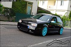 Black VW Golf Mk4 R32 on blue wheels at the Woerthersee Tour GTI-Treffen 2013