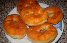 Эти беляши – это что-то особенное, очень вкусное тесто!!!   Самые вкусные кулинарные рецепты Pirozhki Recipe, Bagel, Pineapple, Muffin, Bread, Fruit, Breakfast, Recipes, Food