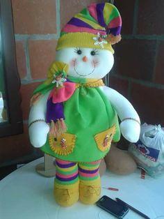Tierna Wallpaper, Christmas, Pink, Mary, Feltro, Dolls, Hand Crafts, Christmas Ornaments, Window Frames