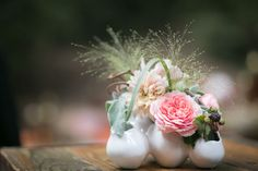A sweet centerpiece by Waterlily Pond.