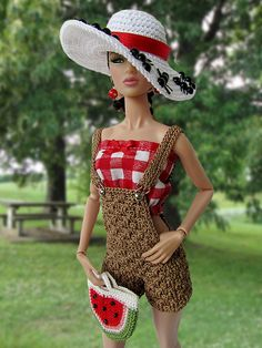 Picnic Perfect by Cozy Couture, via Flickr