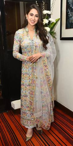 Designer dresses indian - Sara Ali Khan Looks Ethereal in Beaded Suit by Abu JaniSandeep Khosla, Promotes Kedarnath With Sushant Singh Rajput in Delhi, See Pics Kurti Designs Party Wear, Kurti Neck Designs, Salwar Designs, Blouse Designs, Indian Wedding Outfits, Pakistani Outfits, Indian Outfits, Dress Indian Style, Indian Dresses