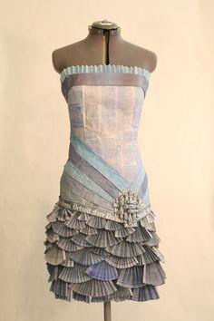 Beautiful paper dress made of....newspapers!  #DetroitFreePress