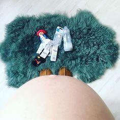 TheHallstand.com (@christinescharfetter) • Instagram-Fotos und -Videos Fur Slides, Lifestyle, Sandals, Videos, Baby, Instagram, Fashion, Moda, Shoes Sandals