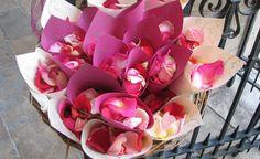 400 pétales de roses #francefleurs #mariage #fleurs