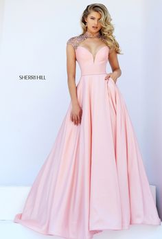 Not in the least bit sorry for the Sherri Hill spam! Loving this soft blush colour, mesmerized in fact!