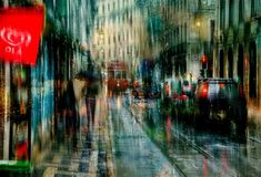 These photographs capture the romance of rain in the city http://photoshoproadmap.com/photography-meets-impressionism-with-these-spellbinding-photos/?utm_campaign=coschedule&utm_source=pinterest&utm_medium=Photoshop%20Roadmap&utm_content=Photography%20meets%20Impressionism%20with%20these%20spellbinding%20photos