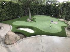 Artificial Putting Green, Golf Putting Green, Backyard Putting Green, Easy Garden, Lawn And Garden, Backyard Sports, Turf Installation, Backyard Pool Landscaping, Backyard Ideas