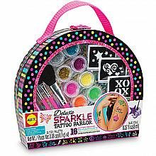 Look like a star with the Deluxe Sparkle Tattoo Parlor! The polka-dot case has everything you need to create cool glittery temporary tattoo. Kids Toy Shop, Toys Shop, Crafts For Girls, Toys For Girls, Baby Doll Nursery, Baby Dolls, Sparkle Tattoo, Bubble Birthday Parties, Bloom Fashion
