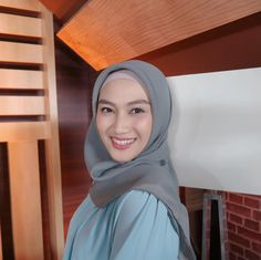 Beautiful Hijab, Happy, How To Make, Instagram, Fashion, Moda, La Mode, Ser Feliz, Fasion