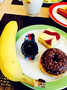 Which fruit do you like best? I choose welly merck ☺ #watches #fruit #fashion