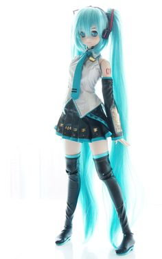 PhD student Alicia Stark outlines her work on Authenticity, Ethnicity and Gender in the Virtual Band Vocaloid, Hatsune Miku Doll, Pretty Dolls, Cute Dolls, Beautiful Dolls, Miku Cosplay, Kagamine Rin And Len, Anime Girl Neko, Kawaii Doll