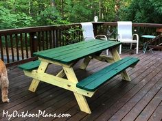undefined Diy Picnic Table, Wooden Picnic Tables, Picnic Table Plans, Diy Table, Outdoor Projects, Diy Projects, Wooden Playhouse, Diy Shed, Play Houses