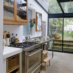 38 Stunning Conservatory Kitchen Ideas Home Sweet Home Kitchen Interior, New Kitchen, Kitchen Dining, Kitchen Decor, Kitchen Ideas, Glass Kitchen, Kitchen Cabinets, Kitchen Windows, Sunroom Kitchen