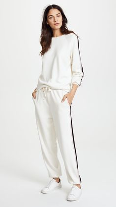 Amazing offer on Olivia von Halle Missy Moscow Tracksuit online - Proalloffer Sporty Outfits, Cute Casual Outfits, Casual Chic, Stylish Outfits, Olivia Von Halle, All White Outfit, White Outfits, Winter Fashion Outfits, Look Fashion