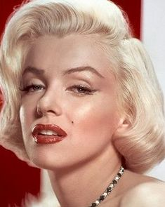Eyebrows inspired by this image of Marilyn Monroe