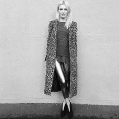 #instafashion #blackandwhitephoto #grey  #metalliccolours