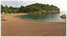 BLATNA PLAŽA - Herceg Novi Blatna plaža je kao i većina ostalih - javna plaža. Nalazi se u Sutorini, najveća je plaža na podrucju opštine, površine je 9000 m2, po sastavu je pješčana i sastavljena od vrlo ljekovitog pijeska, bolje rečeno blata. www.montenegro-novi.com Solila bb, Igalo,  Herceg Novi (pored terena FK Igalo) Telefon recepcije: +382 31 331 630 +382 69 150 481  noviapart@gmail.com #Montenegro #CrnaGora #noviapartments #HercegNovi #Igalo