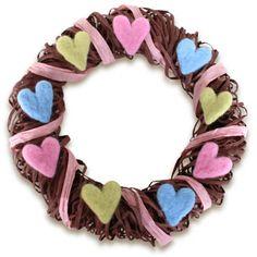 Piparkakku-kranssi (6135) Valentines Day, Hearts, Wreaths, Christmas, Valentine's Day Diy, Xmas, Door Wreaths, Navidad, Deco Mesh Wreaths