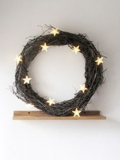 Wreath | Stars. Christmas or new year's decoration for front door or over mantle. DIY holiday decorating ideas.