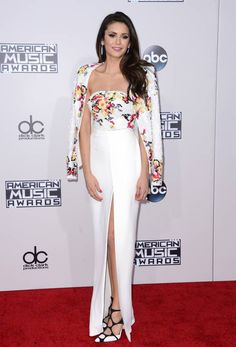 Nina Dobrev attending the 2015 American Music Awards in Los Angeles, California Nina Dobrev, Vanity Fair, One Direction, Selena Gomez, Kendall, American Music Awards 2015, Fitted Skirt, Professional Outfits, People