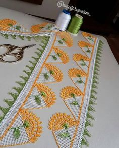 Sabrina Wixom's media content and analytics Crochet Table Runner, Needle Lace, Filet Crochet, Beautiful Crochet, Needlework, Elsa, Diy And Crafts, Quilts, Embroidery