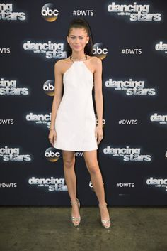 Zendaya HQ Pictures - April Zendaya at the ABC's 'Dancing With The. - Celebrity Style Week: Celebrity Style Fashion and Latest Trends Mode Zendaya, Zendaya Outfits, Zendaya Style, Zendaya Fashion, Zendaya Maree Stoermer Coleman, Look Girl, Moda Chic, Looks Chic, Dancing With The Stars