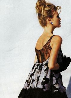 Claudia Schiffer by Patrick Demarchelier for Vogue US November 1990 Patrick Demarchelier, Vogue Us, Helena Christensen, Steven Meisel, Linda Evangelista, Dressed To The Nines, Christy Turlington, Claudia Schiffer, Vintage Vogue