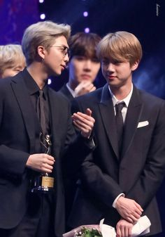 i ship they so much ❤️ Jin Kim, Bts Jin, Bts Jungkook, Namjin, Seokjin, Jin Dad Jokes, Bts Big Hit, About Bts, Worldwide Handsome