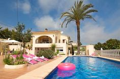 Abahana Villa Agustin Benissa Situated 4.3 km from the coastal town of Moraira, only 10 minutes on foot from Baladrar Cove and its beach, Holiday Villa Agustin 6 features an outdoor pool, furnished terrace, and barbecue facilities.