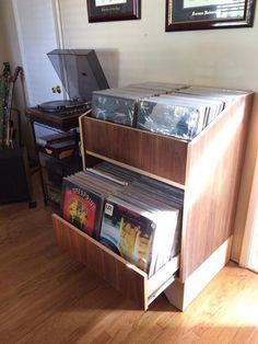 Vinyl Record Storage {KregJig.Ning.com}