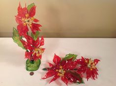 VTG 1960's Poinsettis Lucite Red Green Plastic Flowers Christmas Holiday MCM Hippie Flowers, Plastic Flowers, Red Green, Christmas Holidays, 1960s, Color, Christmas Vacation, Colour, Sixties Fashion