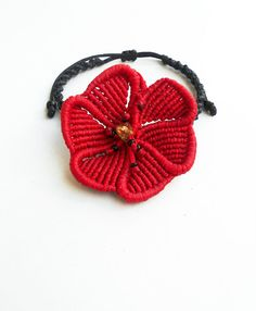 Red poppy flowerMacrame braceletAdjustable by LuckyRatJewellery