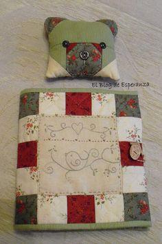 El Blog de Esperanza. Wonderful blog- especially love the beige and brown patchwork Teddy Bear quilt!