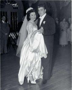 Vincent (Chin) Gigante and his bride. Celebrity Couples, Celebrity Weddings, Vincent Gigante, Mafia Gangster, Mafia Families, Al Capone, Bad Person, The Godfather, Rackets