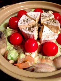海の幸deアボカド豆乳カマンベールチーズ鍋 by リアリズムさん | レシピブログ - 料理ブログのレシピ満載!