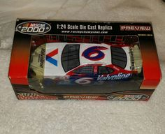 NASCAR 2000 Preview 1:24 Scale Die Cast Replica #6 Racing Champions Mark Martin  #Revell #Ford