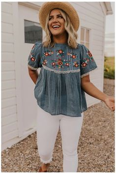 Beach Outfit Plus Size, Beach Outfits Women Plus Size, Casual Beach Outfit, Outfits Plus Size, Curvy Girl Outfits, Plus Size Summer Fashion, Spring Outfits Curvy Women, Plus Size Summer Clothes, Plus Size Clothing
