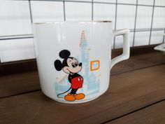 Vintage Walt Disney Coffee Mug with Gold Trim on Rim and Handle Volume: 8 - 9 oz Rim diameter: inches Height inches Mickey Mouse in front of Cinderella's Castle on one side and in orange letters: 'Walt Disney World Tear And Share Bread, Melon Tea, Melon Recipes, Disney Coffee Mugs, Salute To Service, Cinderella Castle, Happy Labor Day, Gold Top, Best Hikes