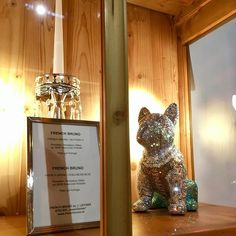 "FRENCH BRUNO / EDELWEISS-BLUE is currently exhibited in the beautiful and exclusive Hotel ""der Krallerhof""! #frenchbruno #krallerhof #art #sculpture #amazing #fantastic #blingbling #swarovski #kunst #j_leitner #crystal #crystals #glamour #glamorous #luxury #exclusive #frenchbulldog #doggy #glitter #glitzer #figure #dog #hund #frenchie #butterfly Champagne, Swarovski, Butterfly, Glitter, Bling, Glamour, Sculpture, French, Crystals"